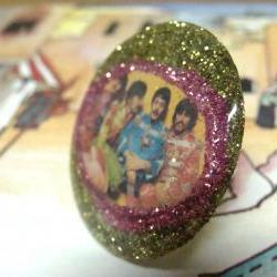 BEATLES bottle cap resin glitter ring, ooak